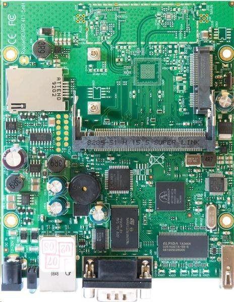 MikroTik RouterBOARD 411U + L4 (300MHz, 32MB RAM, 1xLAN, 1xMiniPCI, 1xUSB)