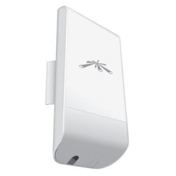 Ubiquiti Networks Ubiquiti NanoStation Loco M5 5GHz AirMax, 802.11a/n, 13 dBi Antenna, 23 dBm