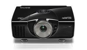 BenQ Projektor W7000+; DLP; full HD; 2500 ANSI lumenow; kontrast : 50000:1; 3D