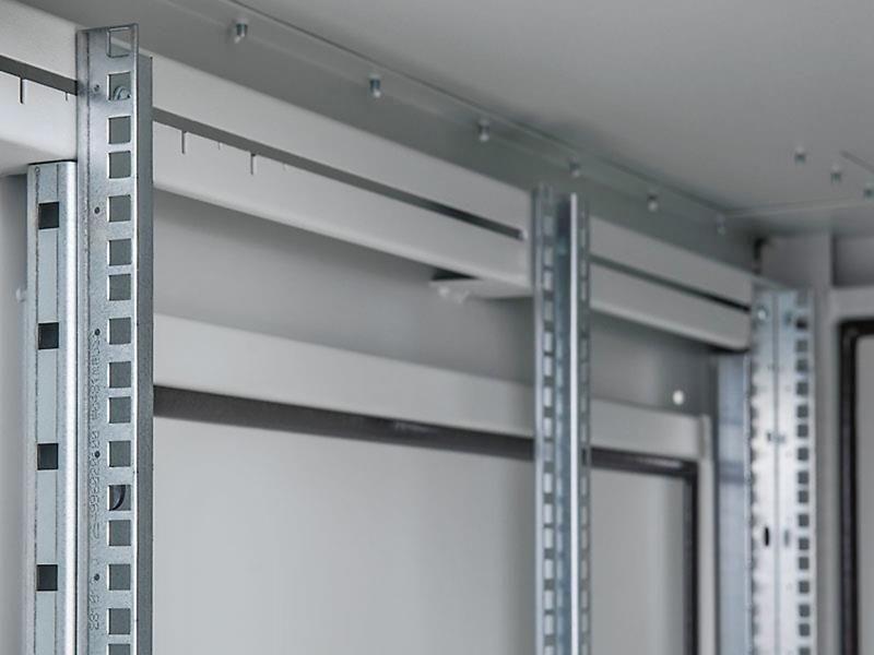 Triton Szafa rack 19 stojąca RDE-42-A61-CCX-A1 (42U 600x1000mm przeszklone drzwi kolor jasnoszary RAL7035 klasa szczelności IP54 udźwig 1500 kg adapter do montażu klimatyzacji)