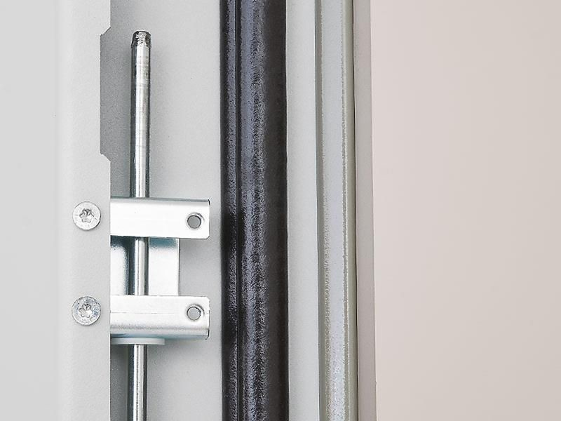 Triton Szafa rack 19 stojąca RDE-45-A88-CCX-A1 (45U 800x800mm przeszklone drzwi kolor jasnoszary RAL7035 klasa szczelności IP54 udźwig 1500 kg adapter do montażu klimatyzacji)